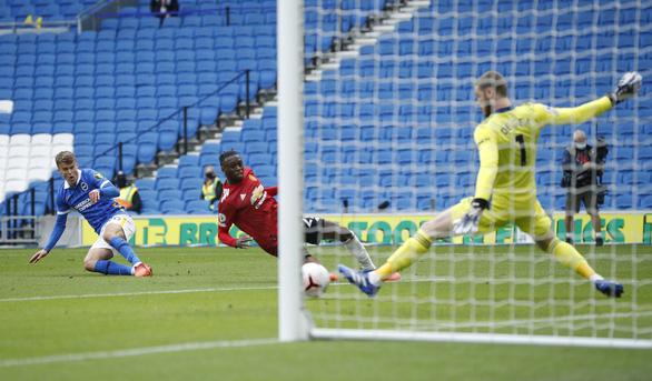 Được khung gỗ cứu thua 5 lần, Man Utd thắng nghẹt thở Brighton - Ảnh 5.