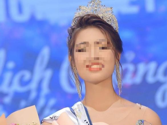 Tước danh hiệu Người đẹp du lịch Quảng Bình vì làm mất uy tín hình ảnh cuộc thi - Ảnh 1.