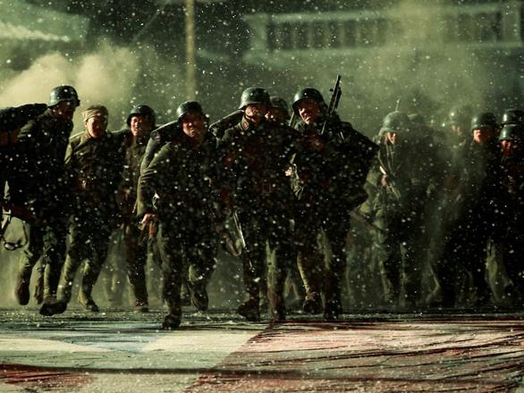 Điện ảnh Trung Quốc nhìn từ hiện tượng hiếm có Bát Bách - Ảnh 1.