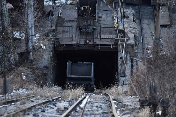 Hỏa hoạn dưới mỏ than Trung Quốc, 16 thợ mỏ thiệt mạng - Ảnh 1.