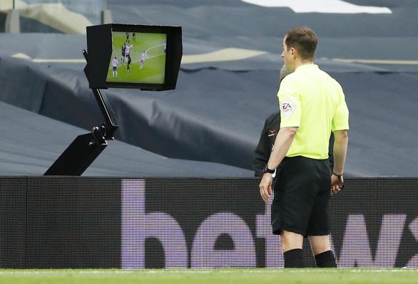 VAR 'nổ' ở phút bù giờ, Newcastle giật 1 điểm từ tay Tottenham - Ảnh 3.