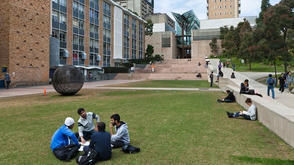 36 trường đại học Úc xin chính quyền cho du học sinh trở lại - Ảnh 1.