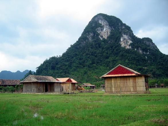 Quảng Bình xếp hạng căn cứ kháng chiến của vua Hàm Nghi là di tích lịch sử - Ảnh 1.