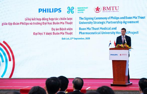 Philips và Trường Đại học Buôn Ma Thuột ký hợp đồng đối tác xây bệnh viện - Ảnh 3.