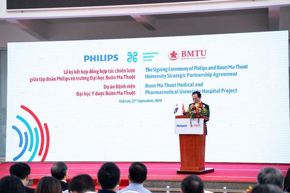 Philips và Trường Đại học Buôn Ma Thuột ký hợp đồng đối tác xây bệnh viện - Ảnh 4.
