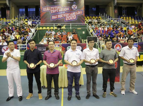 Đại học Văn Lang tổ chức giải thể thao chuyên nghiệp đầu tiên cho học sinh THPT - Ảnh 4.