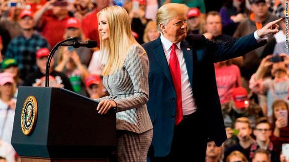 Ông Trump từng muốn chọn con gái Ivanka làm phó tổng thống? - Ảnh 1.