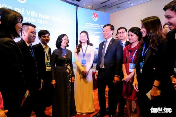 Giới thiệu ông Lê Quốc Phong để bầu làm Bí thư Tỉnh ủy Đồng Tháp - Ảnh 4.