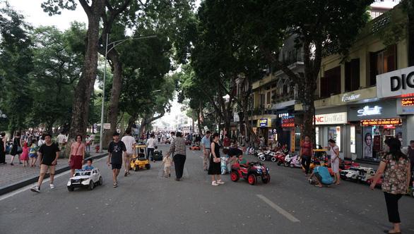 Tập trung đông người tại vùng dịch bị phạt tới 40 triệu đồng - Ảnh 1.