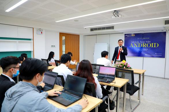 Sinh viên SIU giành giải đặc biệt tại cuộc thi lập trình PROCON quốc tế 2020 - Ảnh 3.