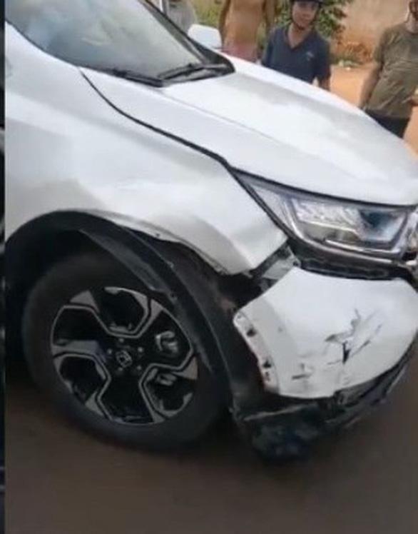 Không khởi tố phó Chi cục Hải quan cửa khẩu gây tai nạn bỏ chạy bị dân bắt - Ảnh 2.