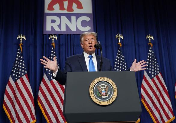 Vì sao ông Trump không ưa bỏ phiếu qua bưu điện? - Ảnh 1.
