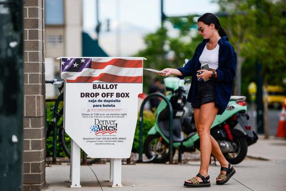 Vì sao ông Trump không ưa bỏ phiếu qua bưu điện? - Ảnh 3.