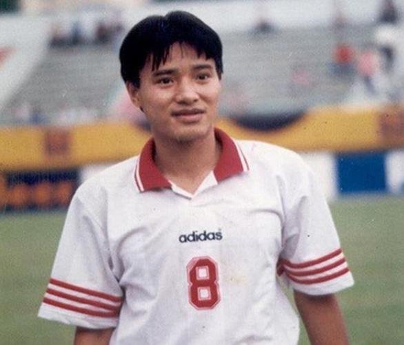 Cựu danh thủ Hồng Sơn bật mí bí kíp duy trì sức khỏe, phong độ tuổi trung niên - Ảnh 1.