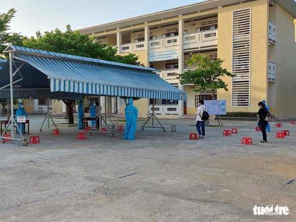 47 thí sinh Đà Nẵng vào điểm thi đặc biệt sáng 3-9 - Ảnh 1.
