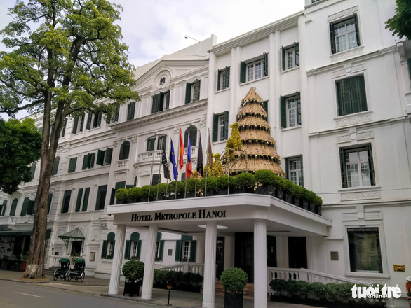 Gần 1.000 khách sạn ở Hà Nội đóng cửa vì COVID-19 - Ảnh 1.