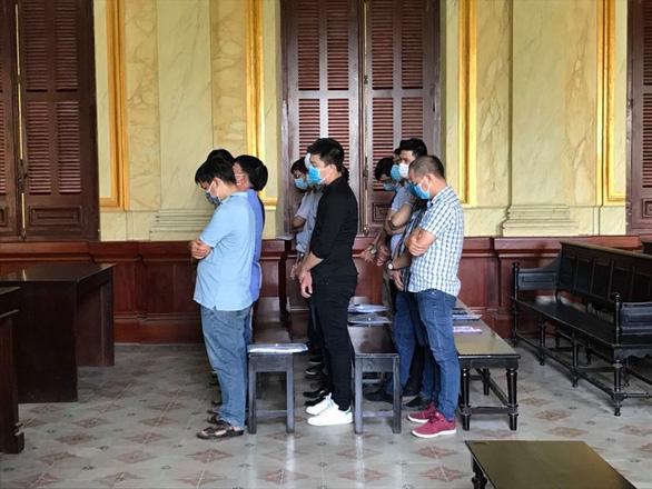 Nhóm nhập lậu máy móc cũ từ nước ngoài về Việt Nam lãnh án - Ảnh 1.