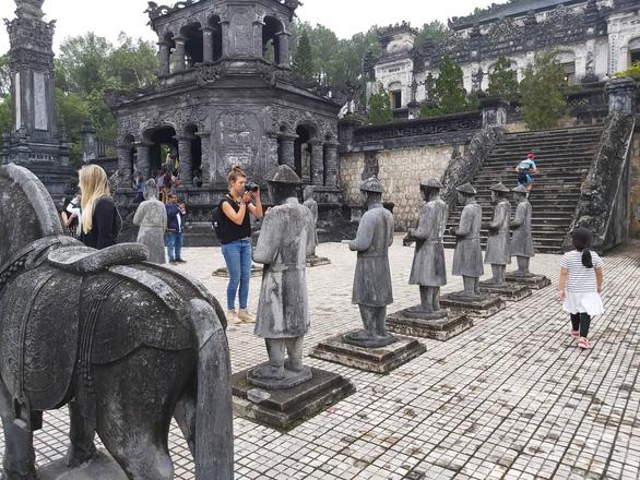 Sài Gòn, Hà Nội liên kết đón khách về miền Trung - Ảnh 1.