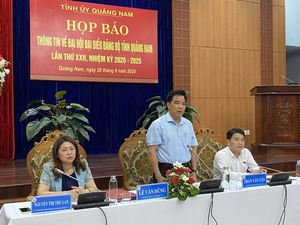 Quảng Nam tặng quà cho đại biểu dự đại hội đảng bộ tỉnh bằng nguồn xã hội hóa - Ảnh 1.
