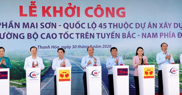 Đồng loạt khởi công 3 dự án đầu tư công cao tốc Bắc - Nam - Ảnh 1.