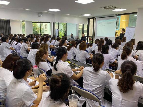 Evaxinh hợp tác Trường CĐ Bách khoa Việt Nam đào tạo nghề làm đẹp - Ảnh 2.