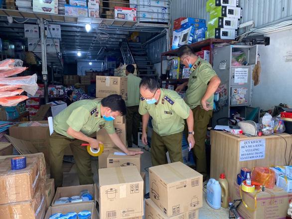 Cơ sở tại Hà Nội làm nhái bao bì sản phẩm của công ty ở TP.HCM - Ảnh 2.