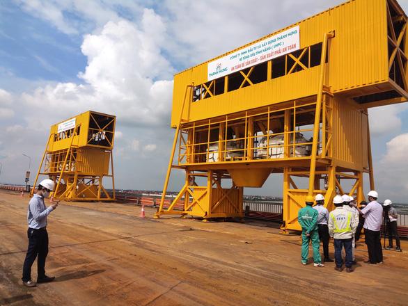 Không có chuyên gia Trung Quốc tham gia dự án sửa chữa mặt cầu Thăng Long - Ảnh 3.