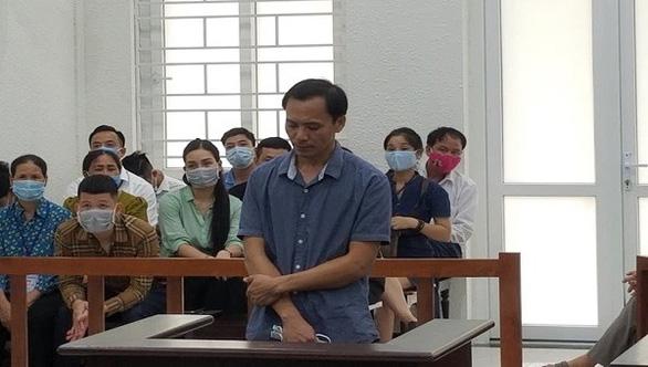 Xưởng nhựa bị cháy, 8 người chết: giám đốc công ty lãnh hơn 6 năm tù - Ảnh 1.