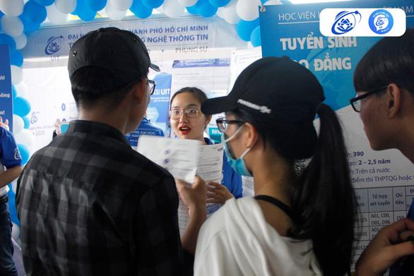 Thí sinh trúng tuyển nhiều phương thức phải làm đơn xác nhận nhập học - Ảnh 1.