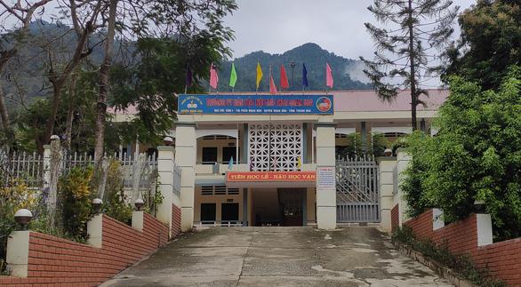 Phòng giáo dục - đào tạo thu phí xét tuyển học sinh nội trú sai quy định - Ảnh 1.
