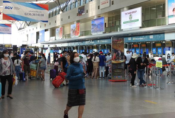 Đà Nẵng kiến nghị mở lại vận chuyển khách đường bộ, đường sắt, hàng không - Ảnh 1.