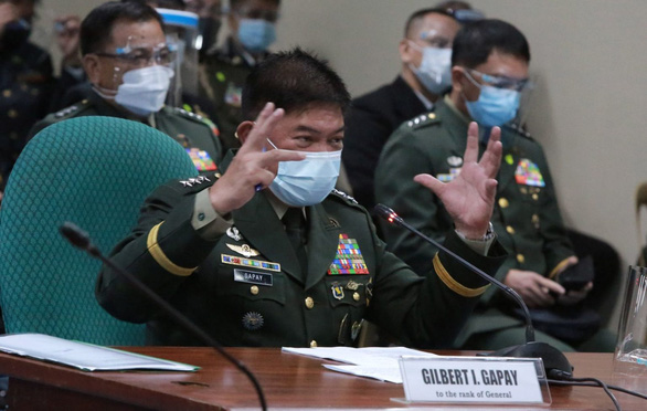 Tổng tư lệnh Philippines: Nồng ấm với Trung, thân thiết với Mỹ - Ảnh 2.