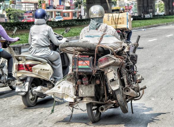 Hà Nội: Đề xuất hỗ trợ 2-4 triệu đồng để người dân đổi xe máy quá 18 năm sử dụng - Ảnh 1.