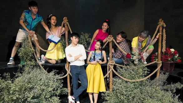 Trại hoa vàng của Nguyễn Nhật Ánh lên sân khấu nhạc kịch - Ảnh 1.