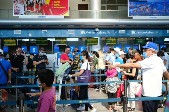 Từ 0h ngày 7-9, khôi phục hoạt động của máy bay, xe lửa, ôtô… đến Đà Nẵng - Ảnh 1.