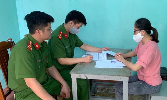 Giả chữ ký chủ tịch Hội người mù Thanh Hóa để tham ô hơn 1,1 tỉ đồng - Ảnh 2.