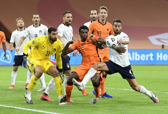 Thi đấu nhạt nhòa, Hà Lan bị Ý đánh bại ở Nations League - Ảnh 2.