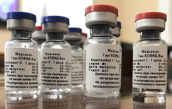 Russia circulates the first batch of COVID-19 vaccine - Photo 1.