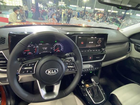 KIA Seltos, mẫu xe SUV đầu tiên của thế hệ sản phẩm mới của KIA giá chỉ từ 589 triệu đồng - Ảnh 4.