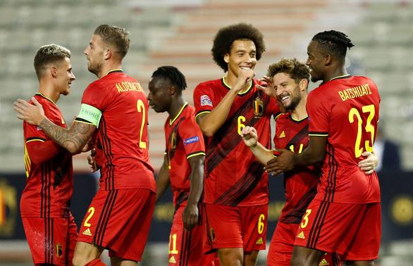 Ronaldo ghi bàn thứ 100, Bồ Đào Nha thắng dễ Thụy Điển - Ảnh 3.