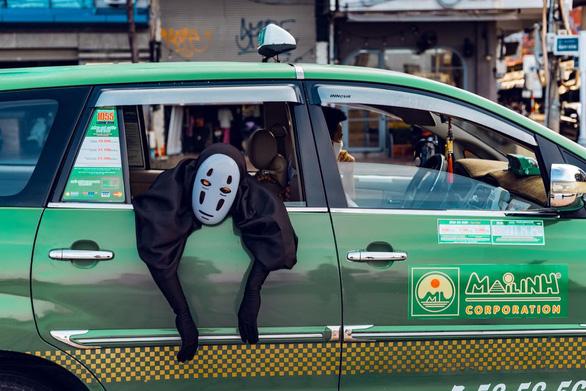 Vô Diện đi khắp Đà Nẵng mừng thành phố hết cách ly - Ảnh 7.