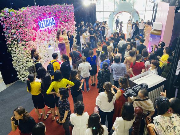 Hà Kiều Anh làm đại sứ thương hiệu cho RiTANA - Ảnh 8.