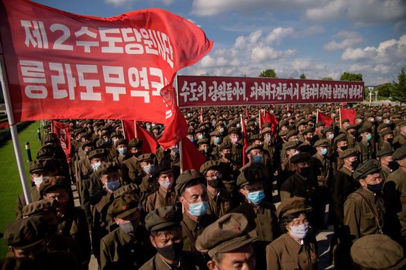 Triều Tiên lập Hội thề Bình Nhưỡng trước Cung điện Mặt trời Kumsusan - Ảnh 4.