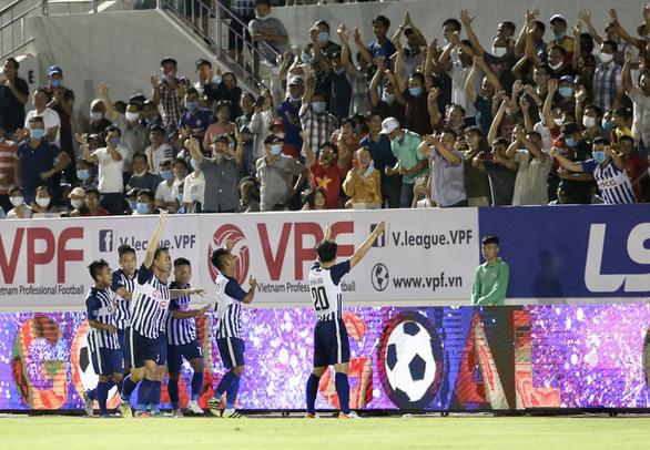 Sân Bà Rịa - Vũng Tàu sẽ đón 5.000 khán giả trong trận tiếp TP.HCM - Ảnh 1.