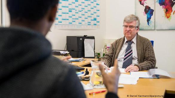 آلمان برای اخراج مهاجران غیرقانونی از چه نوع