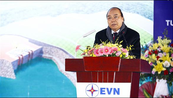 Thủ tướng: Đảm bảo vận hành an toàn lâu dài cho nhà máy thủy điện Hòa Bình - Ảnh 1.