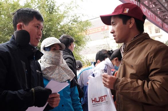 Tư vấn tuyển sinh ở Thanh Hóa: Muốn vào ngành hot, chuẩn bị học phí và học cật lực - Ảnh 5.
