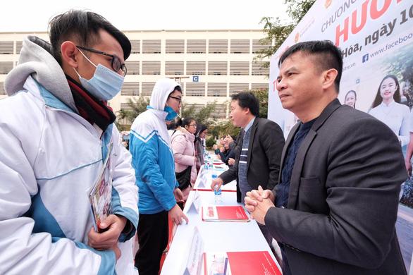 Tư vấn tuyển sinh ở Thanh Hóa: Muốn vào ngành hot, chuẩn bị học phí và học cật lực - Ảnh 4.