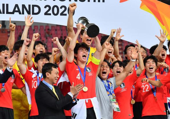 AFC xem xét hủy Giải U23 châu Á 2022 - Ảnh 1.
