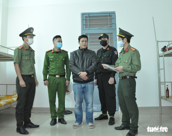 Khởi tố 2 lái xe chở 4 người Trung Quốc nhập cảnh trái phép - Ảnh 2.